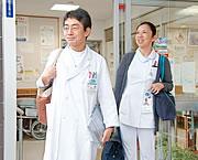 訪問診療に向かうスタッフ
